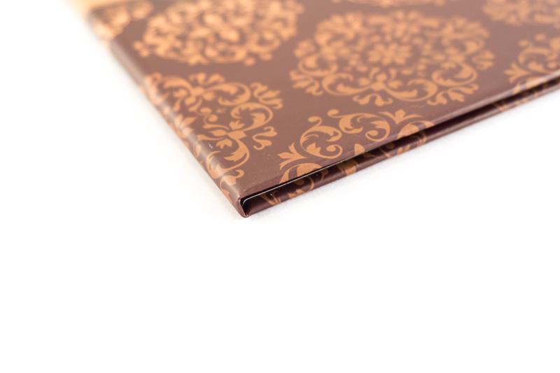 Изготовление папок из картона для ресторанов, кафе, отелей